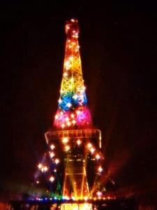 Tour Eiffel Gay
